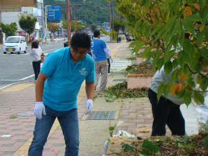 桜の清掃活動(秋季)参加